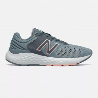 Chaussures femme New Balance W520V7